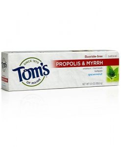 toms-of-maine-propolis-and-myrrh-natural-toothpaste-spearmint-077326830857